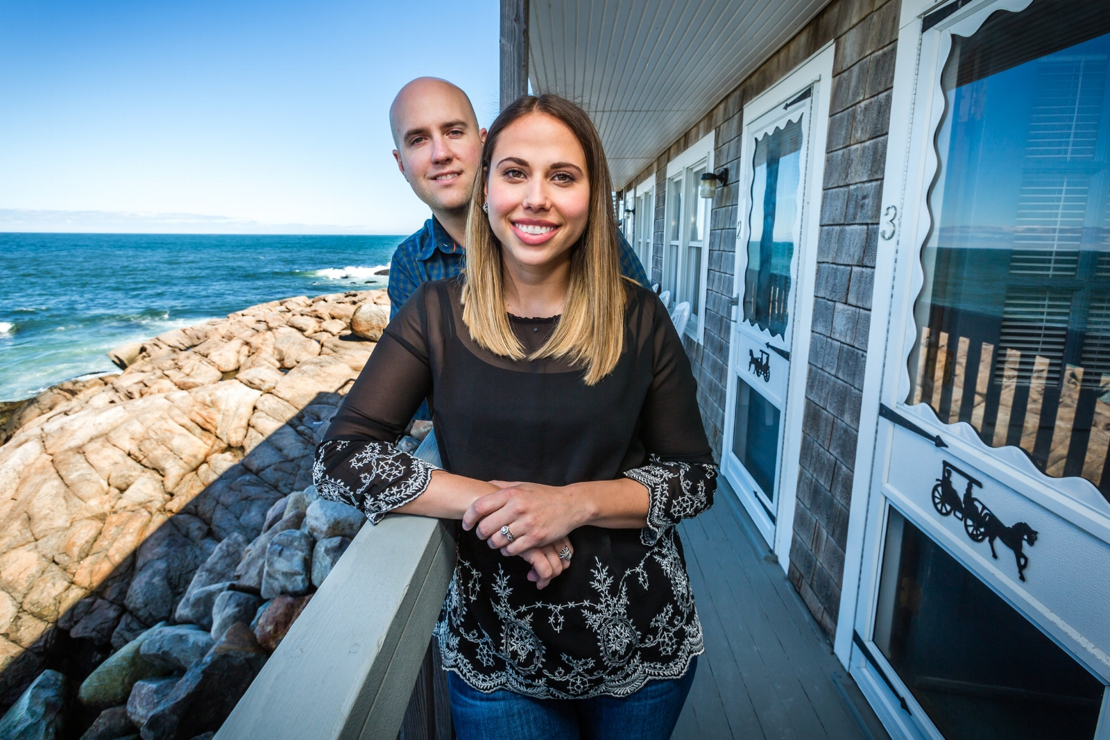 8 Rooms with a View - A young couple's dream comes true on Bearskin Neck