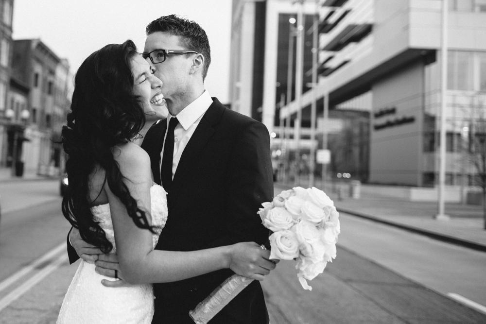 Ely-Brothers-Wedding-Photographers-Columbus-Ohio-_0065.jpg