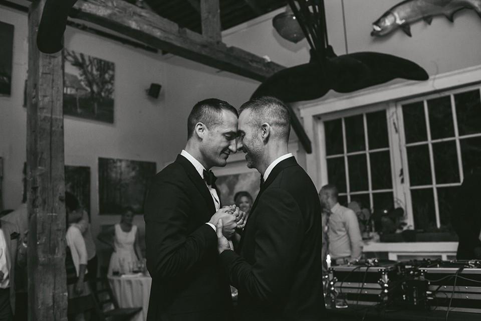 Ely-Brothers-Wedding-Photographers-Columbus-Ohio-_0437.jpg