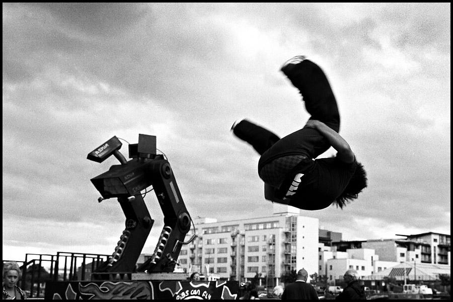 Jumping_Boy_Dublin.jpg