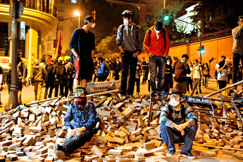 Taksim_Protesters.jpg