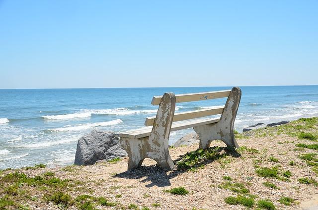 ocean bench (1).jpg