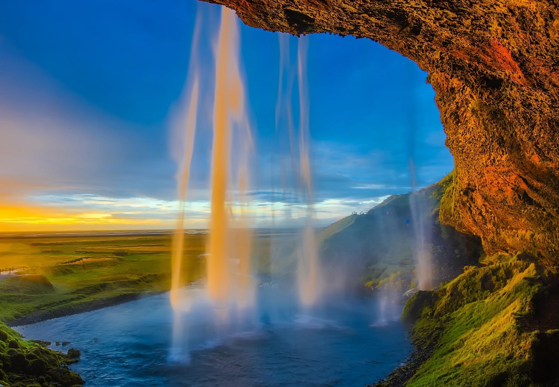 cliff%2C+waterfall.jpg