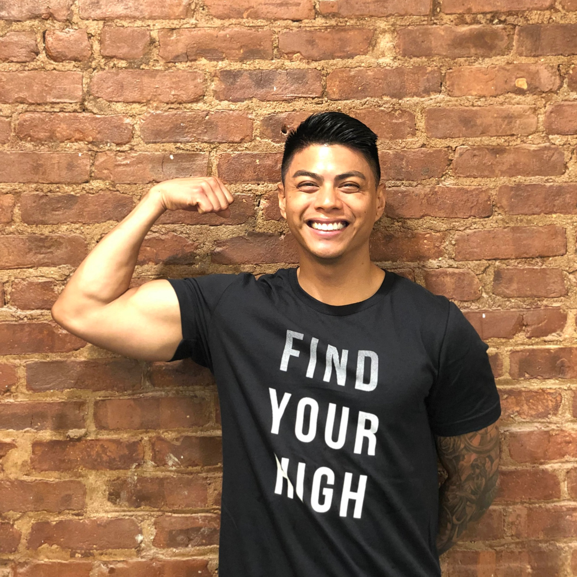Manny Enriquez - @mvnny.eManny Enriquez hails from Hawaii and is so excited to be on the HIIT IT! team! Manny has always had a passion for movement and wellness. Manny is a certified personal trainer and group fitness instructor with a background in exercise science. He believes in mindset, movement and motivation. With his megawatt smile, Manny will help bring out your strongest and sweatiest self!