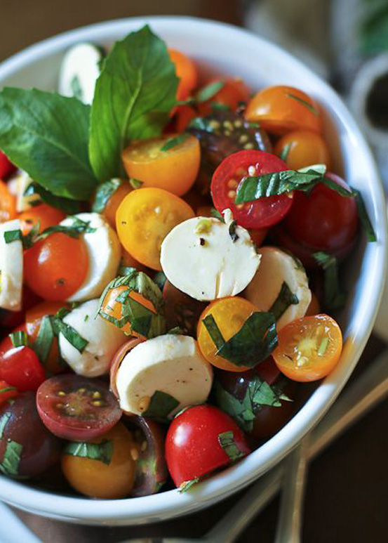 Quick Caprese Salad | National Salad Month | SavoryPantryBlog.com