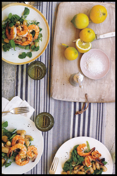 Roundup: The Best of Summer Picnics | Cold Shrimp & Bean Salad | SavoryPantryBlog.com #picnic