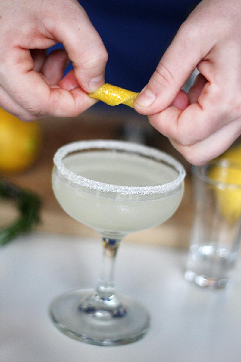 Recipe: Rosemary Lemon Drop Cocktail | SavoryPantryBlog.com