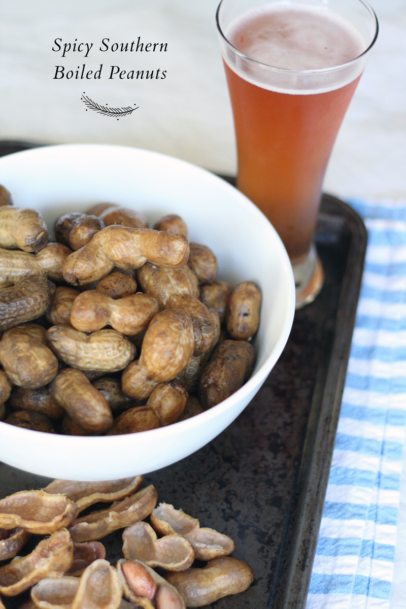 Tailgate Recipes: Crockpot Spicy Southern Boiled Peanuts | SavoryPantryBlog.com | #tailgate #peanuts