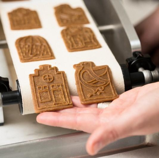 erinscott_littlebelgians_markscookiemaking-31-534x531.jpg