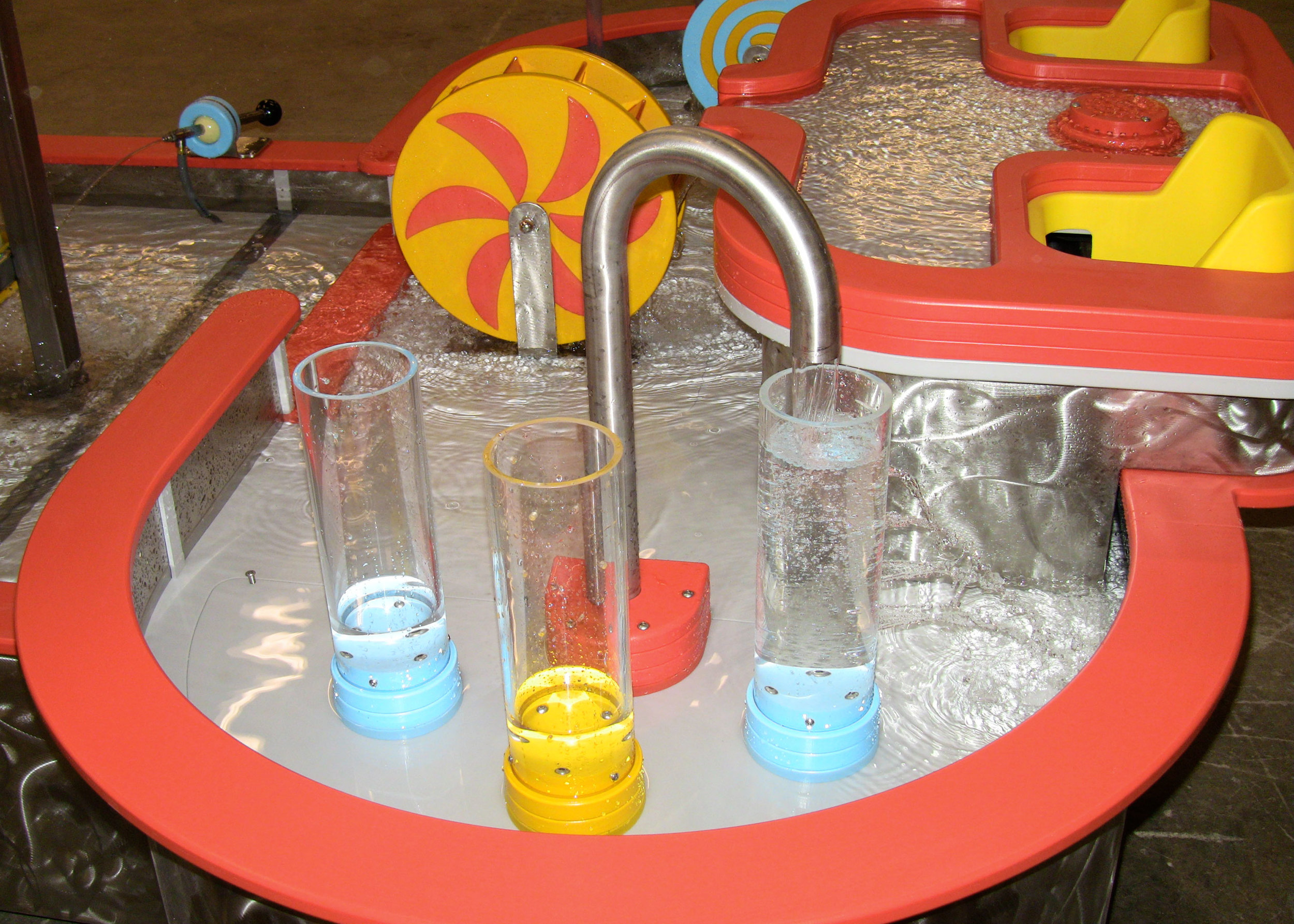 KidScienceWaterTable1.jpg