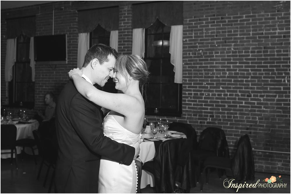 Downtown St. Louis Edmonds Space 15 Winter Wedding Photography // www.inspiredphotographystl.com