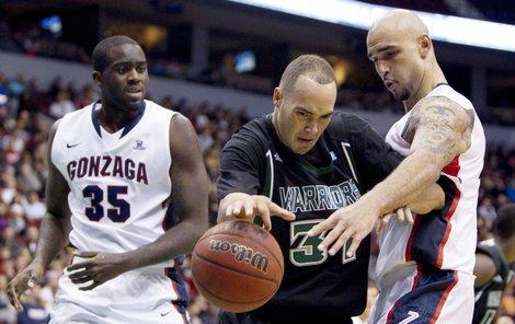 2011 BC Basketball.jpg