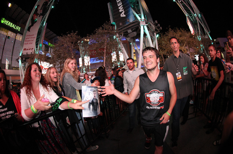Nike 3on3_2013_Josh Hutcherson Celebrity Basketball Game_Nike Official Photos 13.png