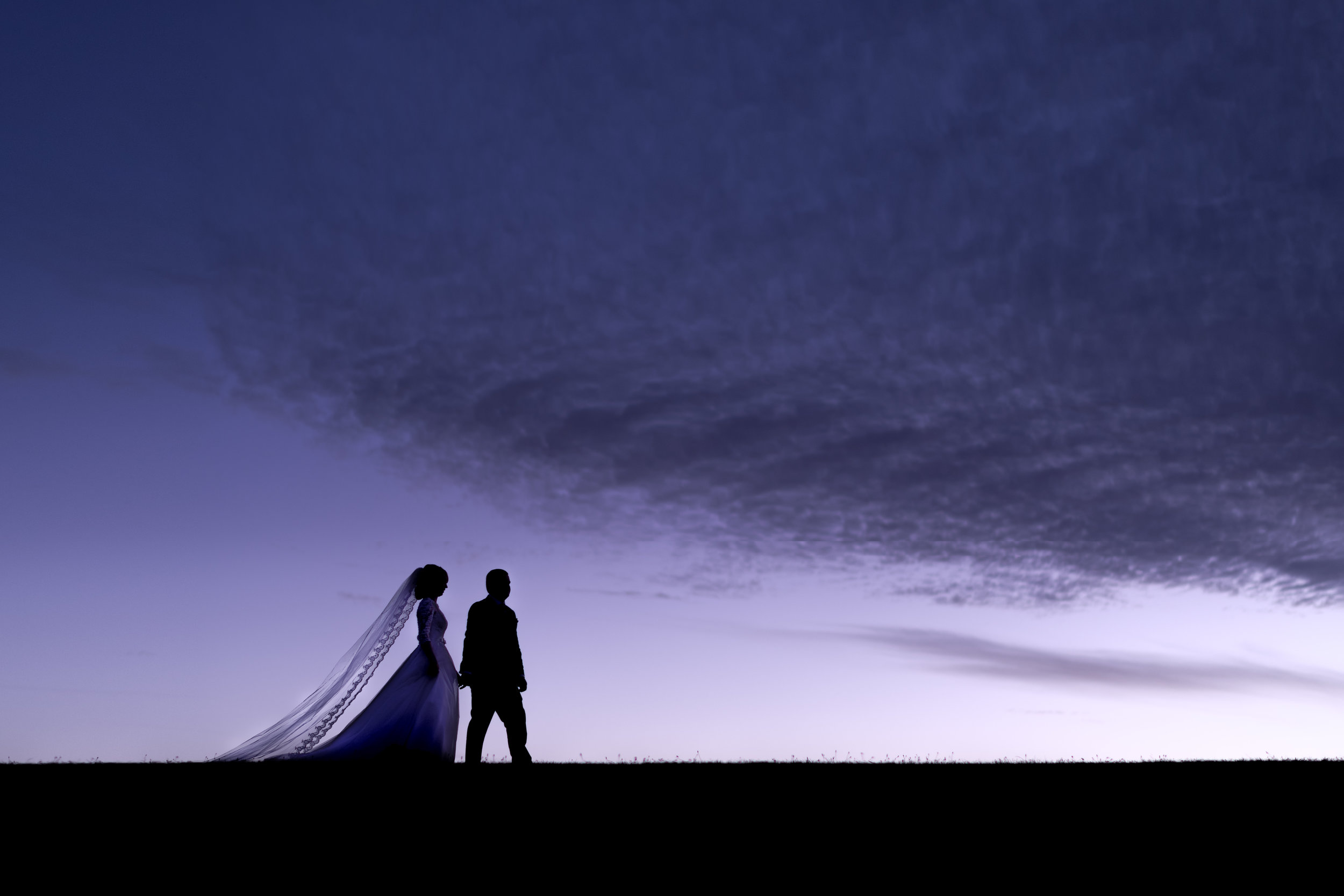 Bride and Groom evening silhouette