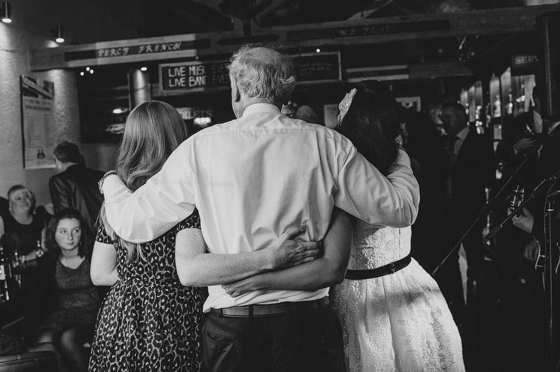 Irish-Pub-Wedding-069.JPG
