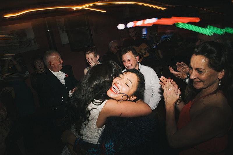 Irish-Pub-Wedding-073.JPG