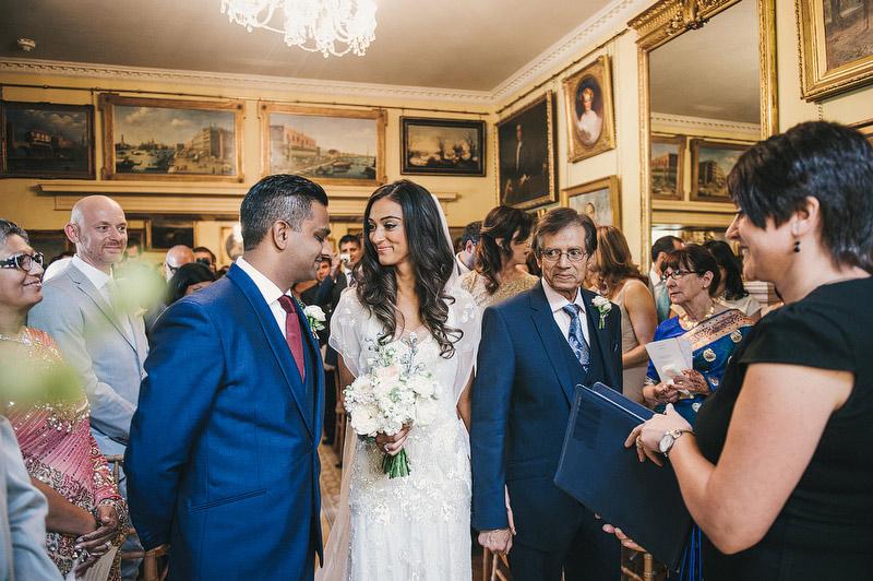 Seema-Neal-Modern-Indian-Wedding-UK39.jpg