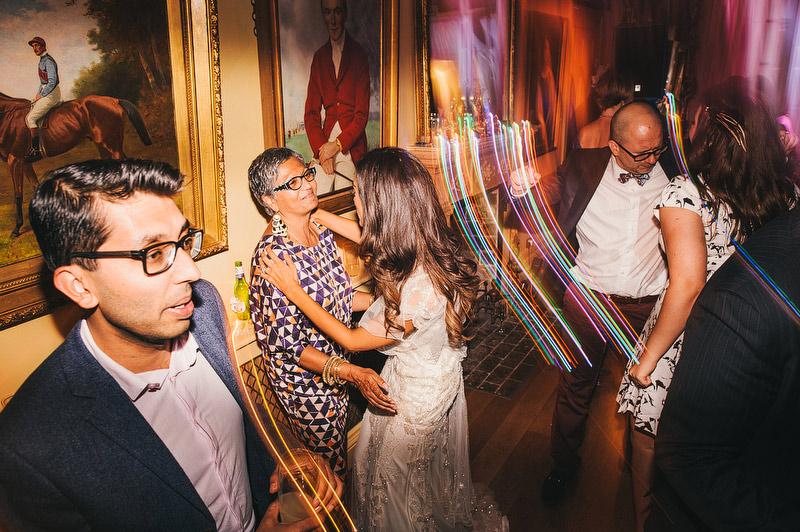 Seema-Neal-Modern-Indian-Wedding-UK100.jpg