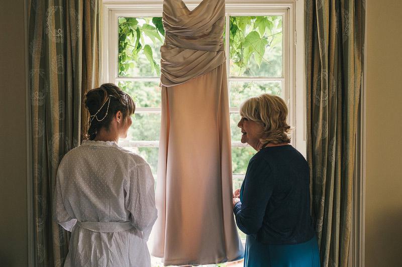 Siobhan-Sam-Trudder-Lodge-Wedding010.jpg