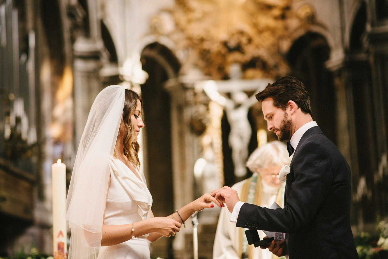le marais wedding ceremony
