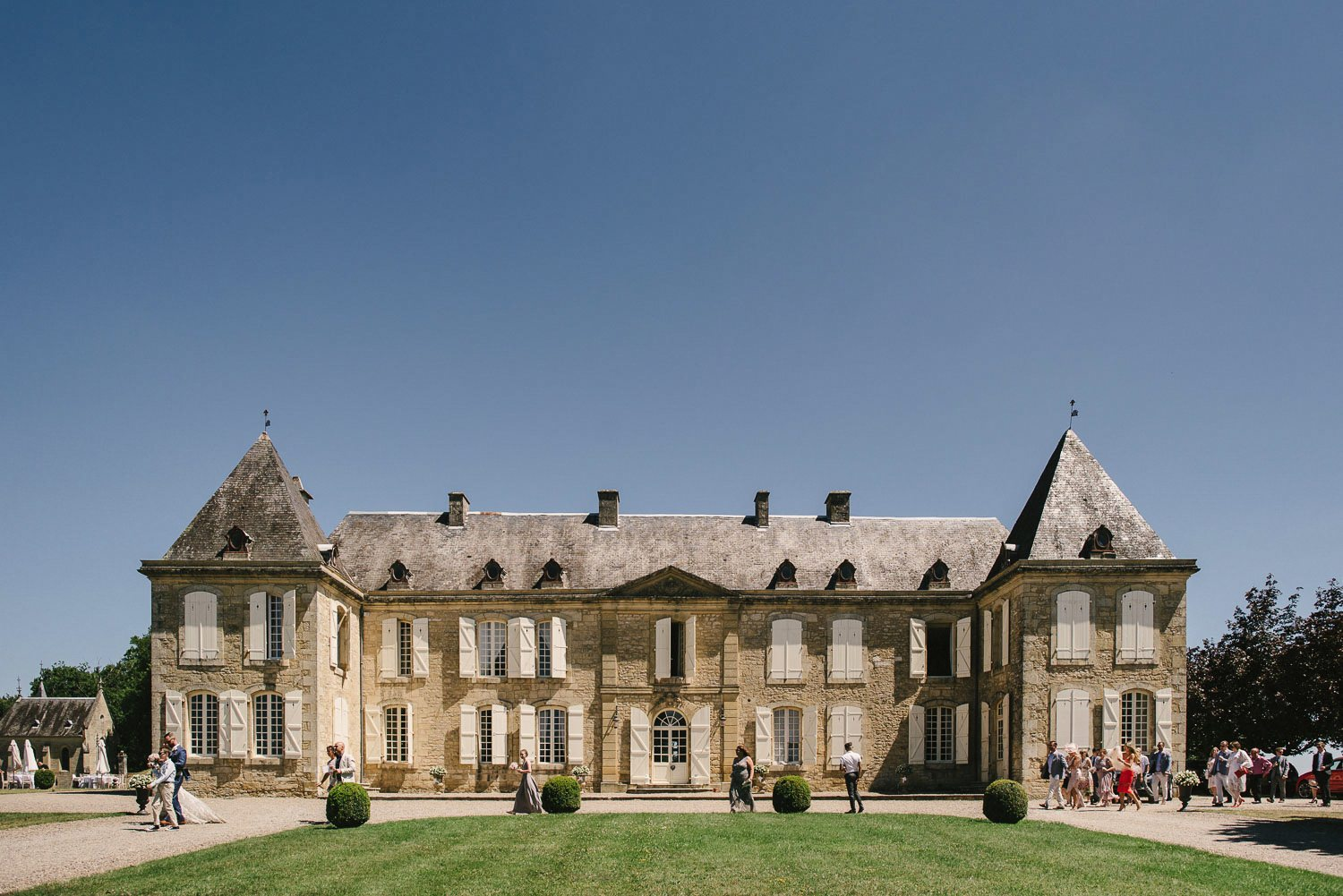 chateau de lacoste weddings