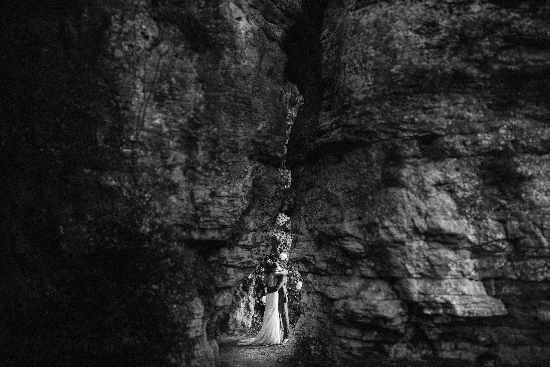 chateau de lacoste dordogne wedding photo