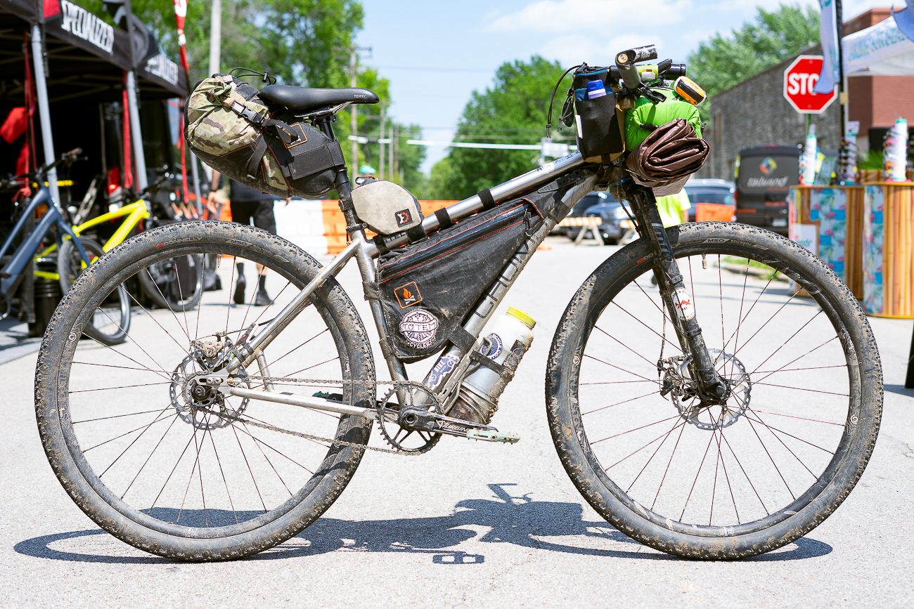 Here is Alexandera's bike kitted out for a 600mi jaunt from Iowa to the start of the DKXL complete with Wanderlust Gear Divide Frame Bag. (MUSA)