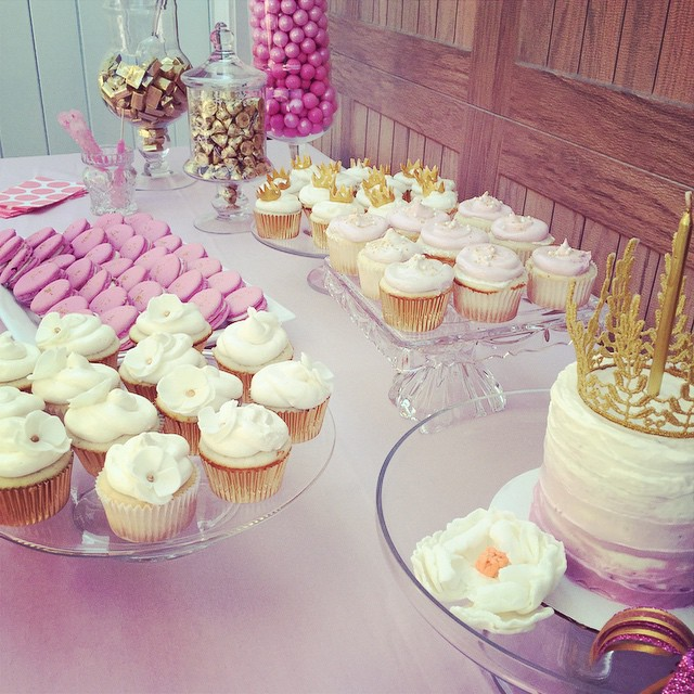 First_birthday_spread___sweet__treats__jgconfections_by_jgconfections.jpg