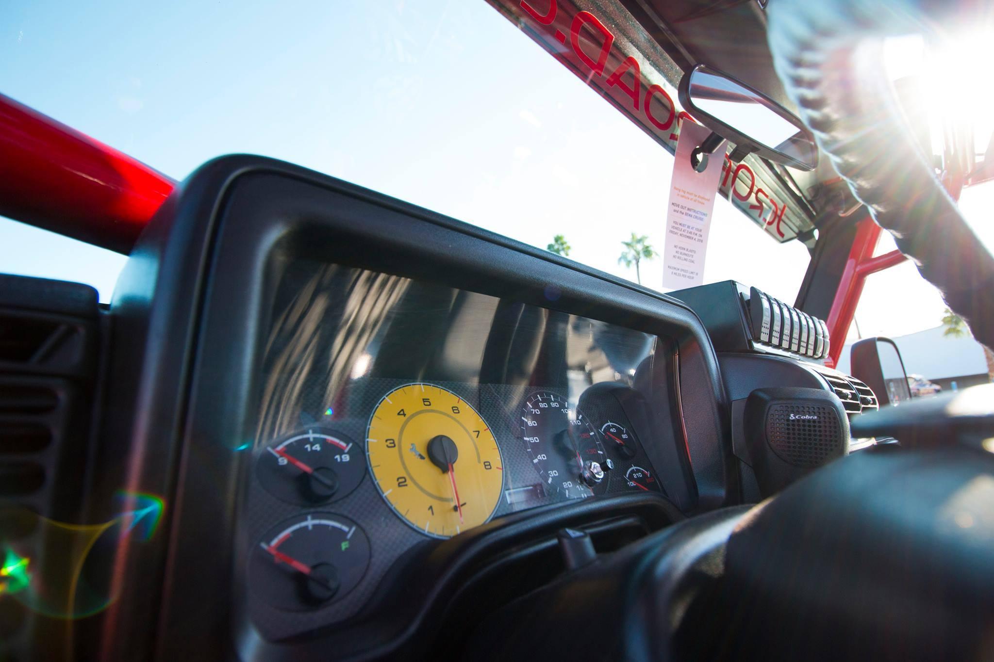 Custom bottom start Ferrari tribute gauges for Ascender 2.0, a JCR Offroad 2005 Jeep LJ