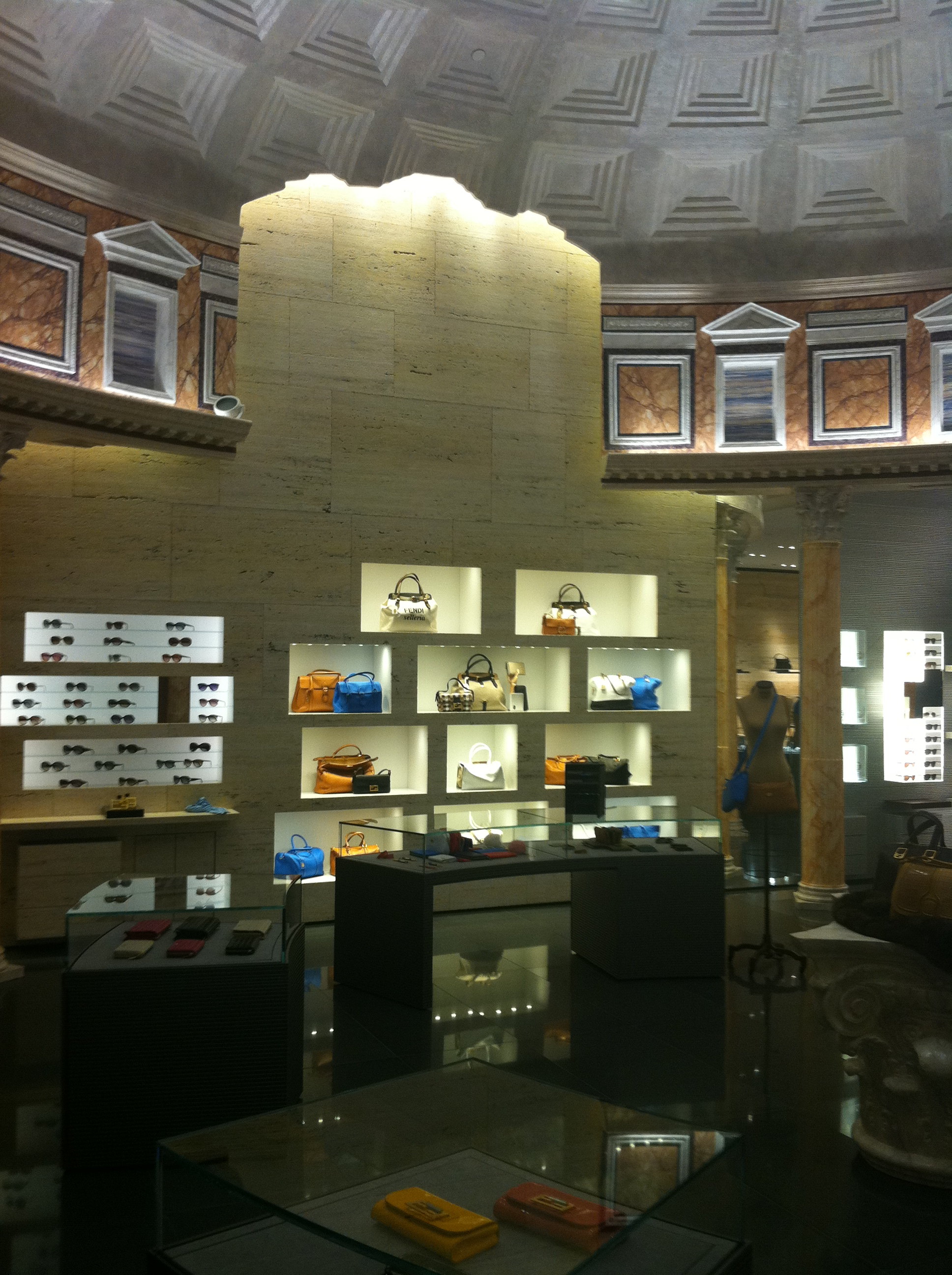 Project completed in 2012 in collaboration with Fendi Store Planning. Dome built by Spazio Scenico .