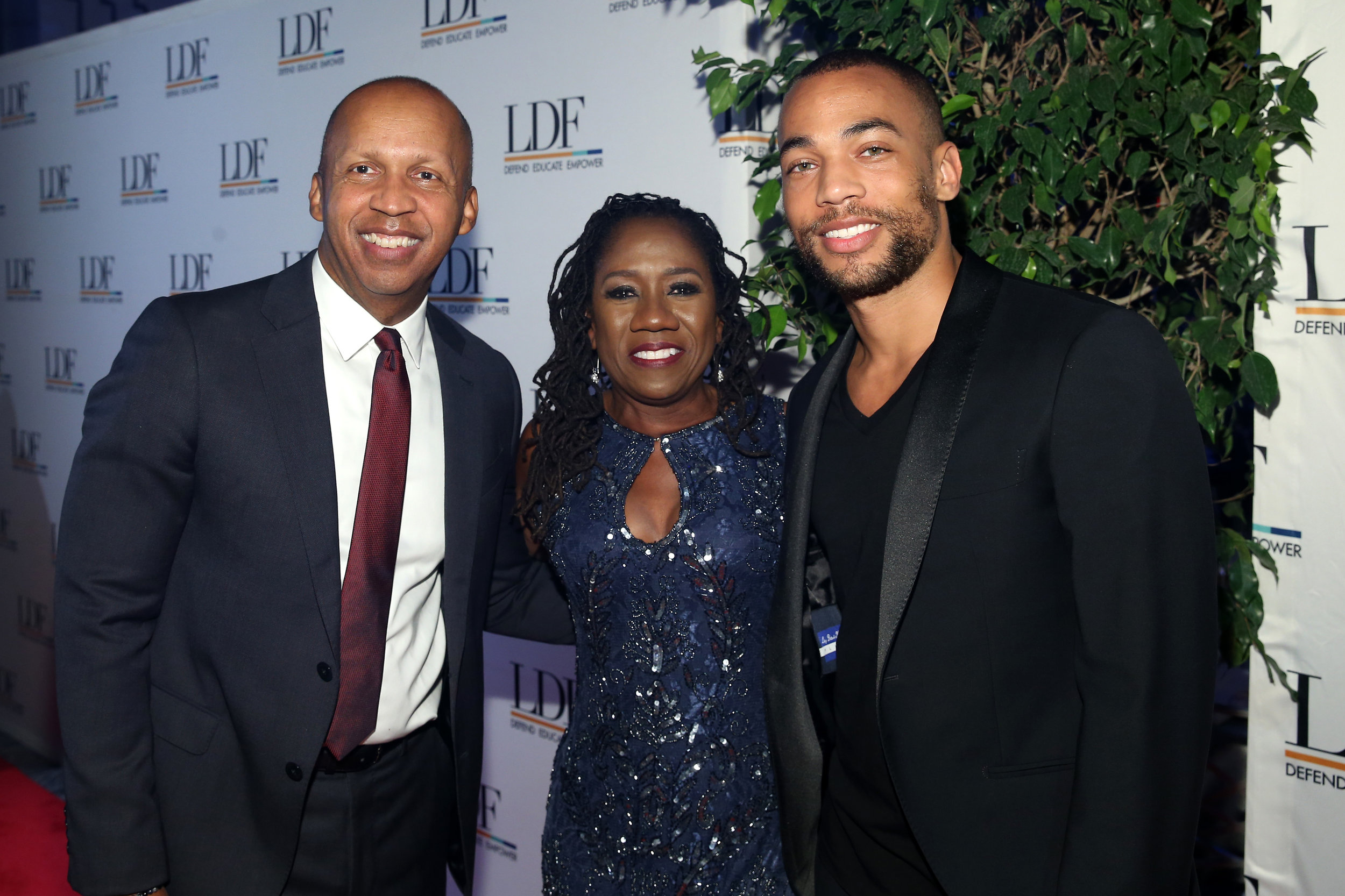 1056142172.jpg  Honoree Bryan Stevenson, LDF president Sherrilyn Ifill and Kendrick Sampson attend the NAACP LDF 32nd National Equal Justice Awards Dinner at The Ziegfeld Ballroom on November 1, 2018 in New York City.