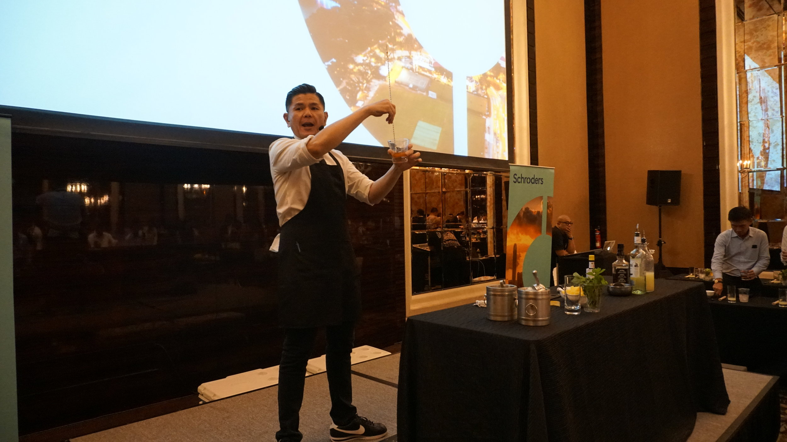 StRegis_Scholar_Mixology_Workshop_0011.JPG