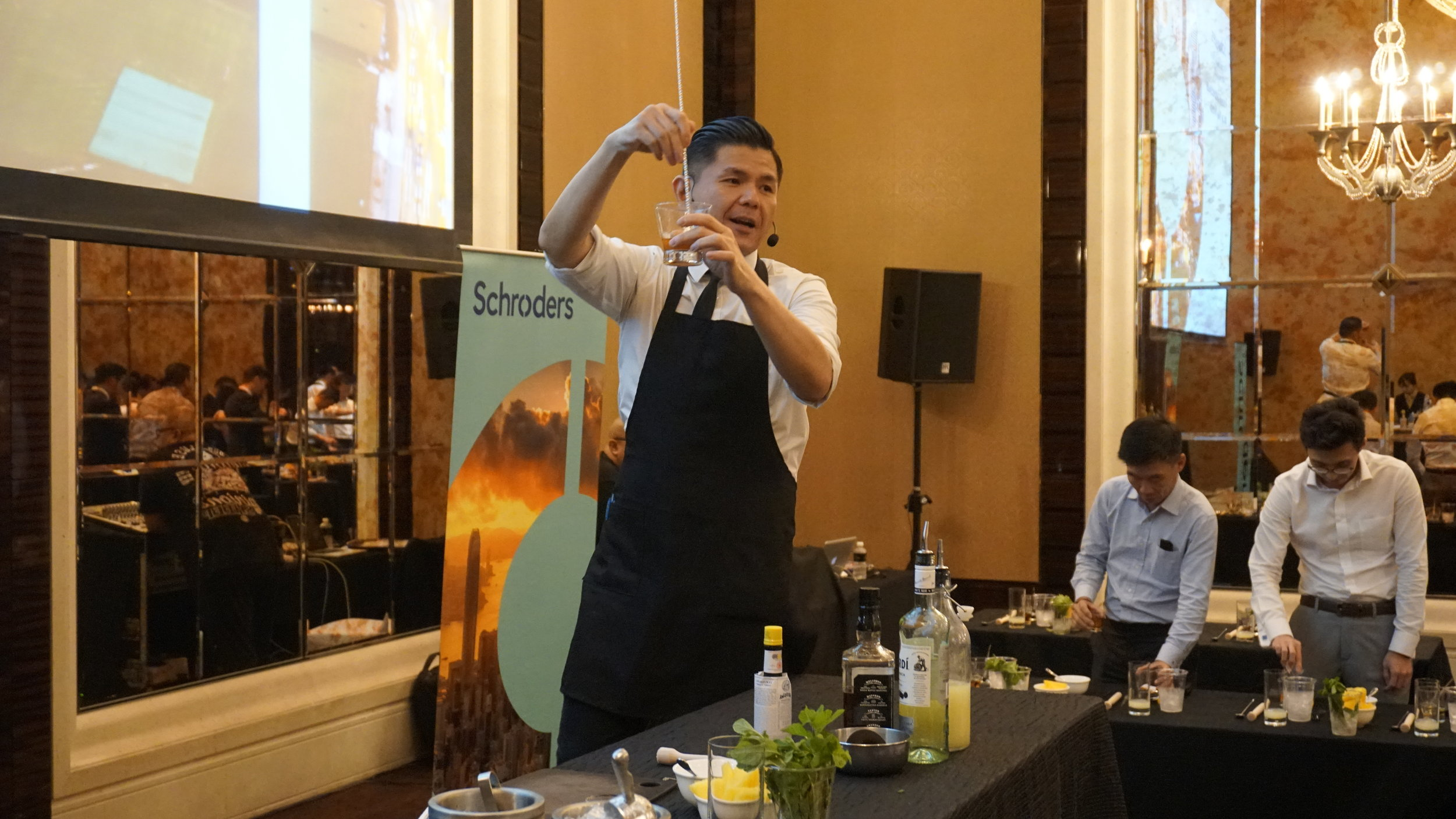 StRegis_Scholar_Mixology_Workshop_00010.JPG