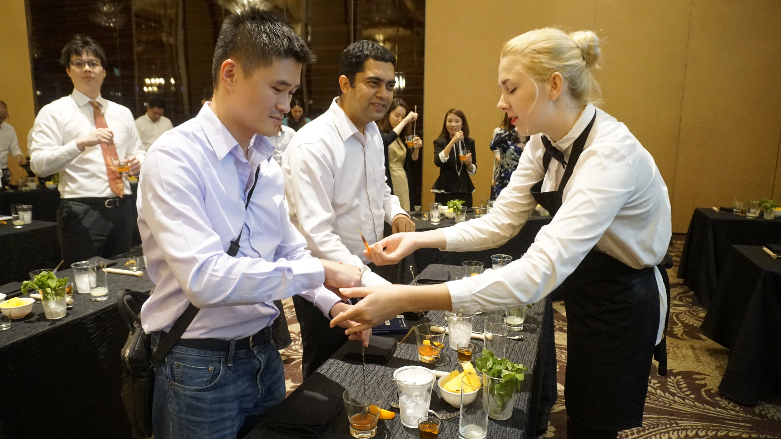 StRegis_Scholar_Mixology_Workshop_0014.JPG