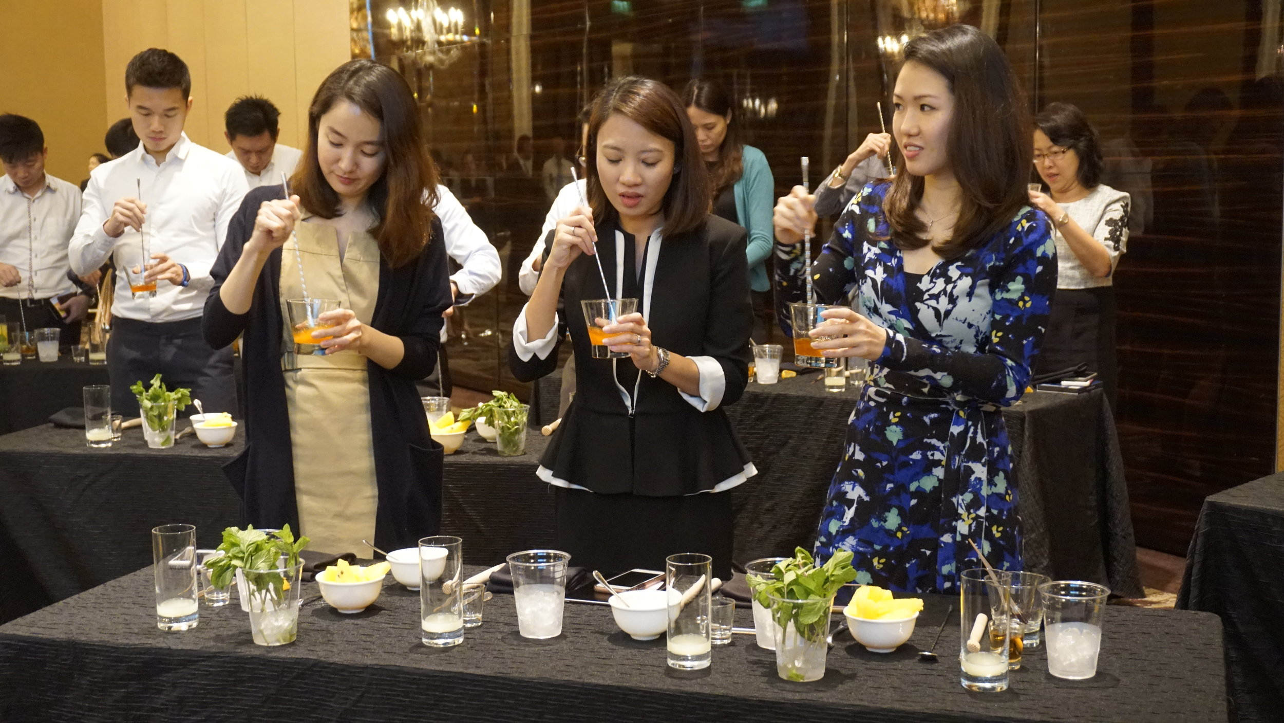 StRegis_Scholar_Mixology_Workshop_0015.JPG