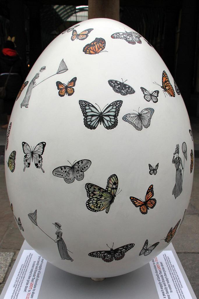 Big Egg Hunt 1.jpg