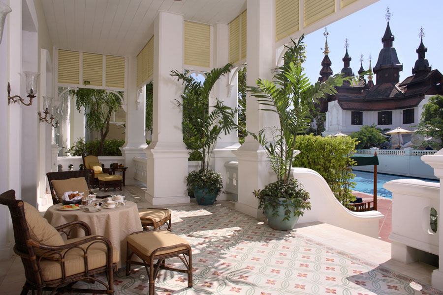 08_Colonial_Suite_Terrace.jpg