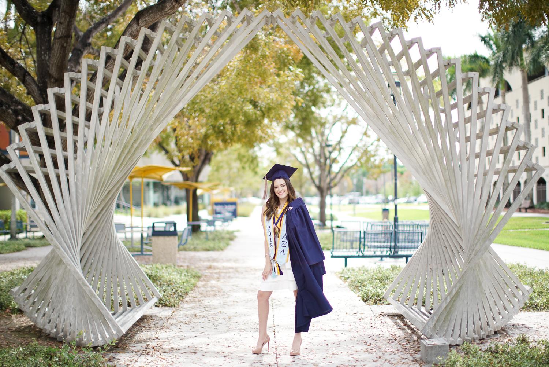 Jenny Marmol FIU Graduation SQ-10.jpg