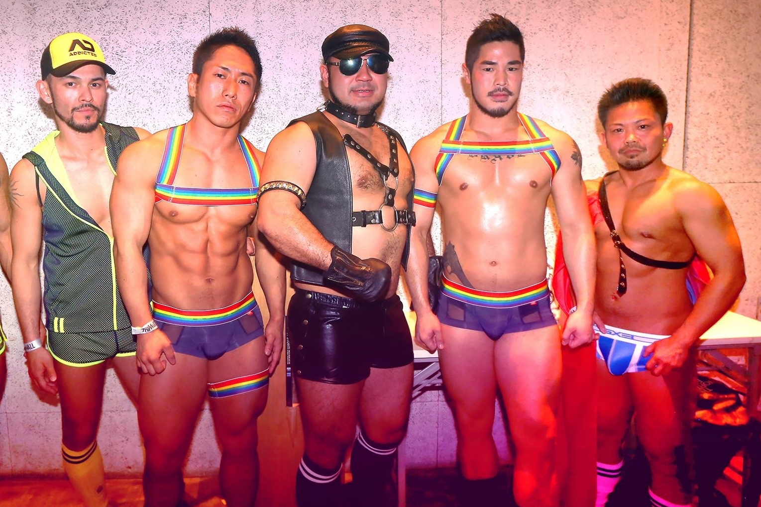 GOGO TOKYO - DIRECTOR: Tomohito GoshozonoPRODUCER: Hisanori Tamura, Mai TakachiyoSTORY: Hisanori TamuraLANGUAGE: Japanese & PortugueseA feature documentary film about 6 gogo boys, who are considered as stars in the Tokyo LGBTQ+ community, revealing not only their everyday life as a person, but also finding out the reasons of their life choices.