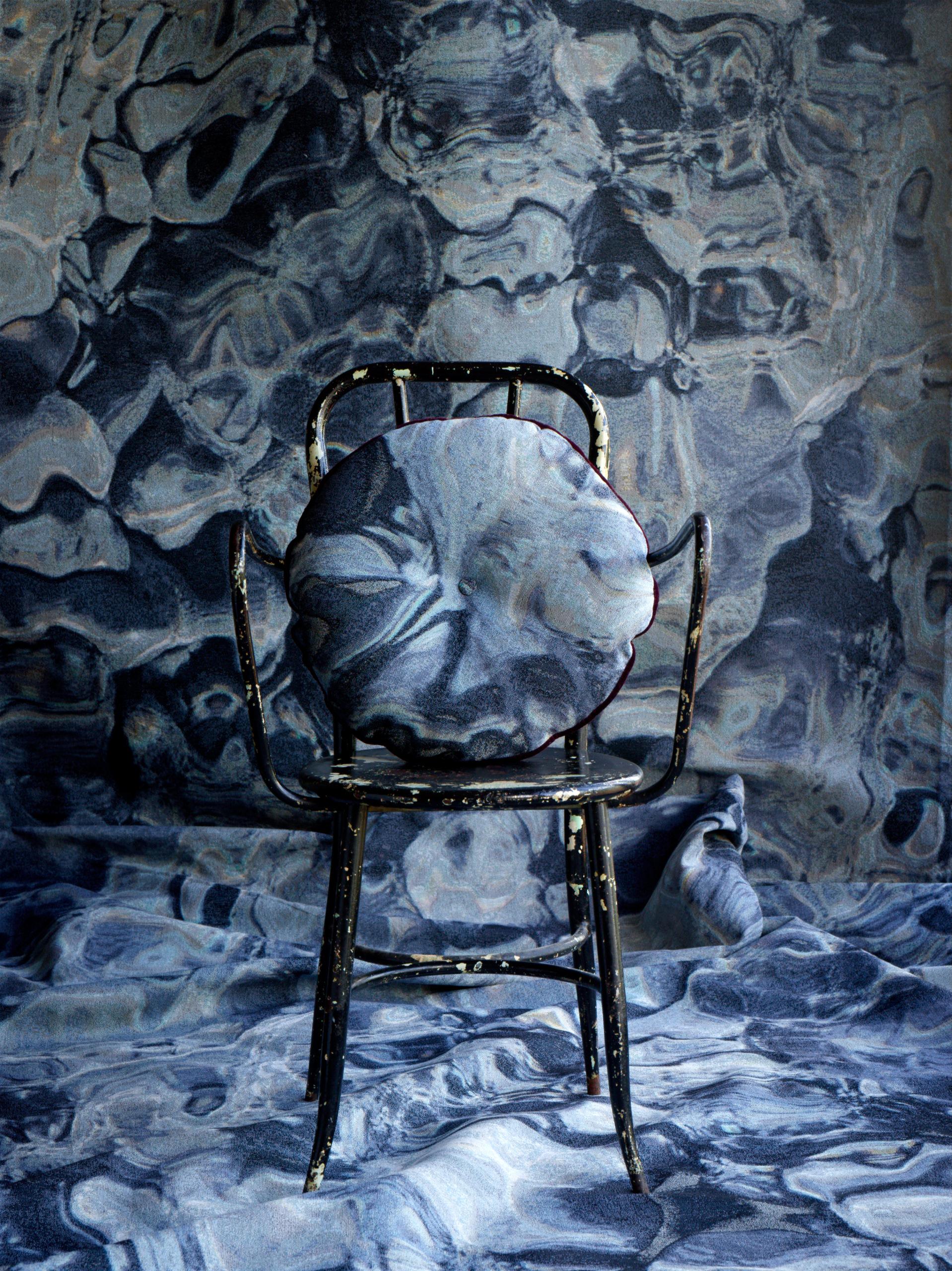 Swirl_Blue_3.jpg