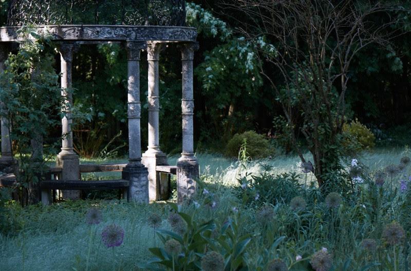 """""""Glasco Gardens"""" - Martyn Thompson."""
