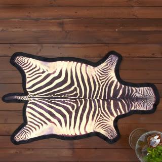 Tozai+Zebra+Floor+Canvas.jpg