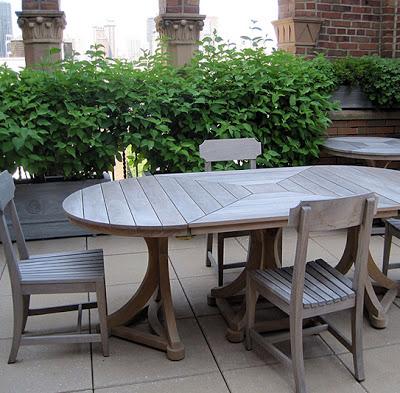 Munder+Skiles+Oval+Dining.jpg