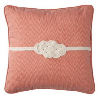 Knot+Pillow.jpg