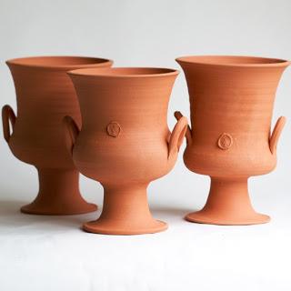 Terra+Cotta+2+handles+urn.jpg