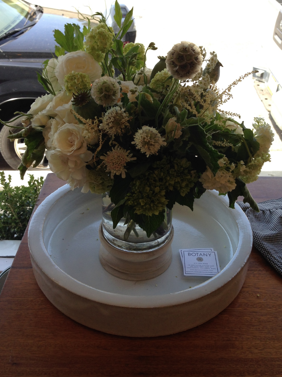 A beautiful arrangement of flowers by Brentwood Country Mart florist, Botany, which is around the corner from the pop up