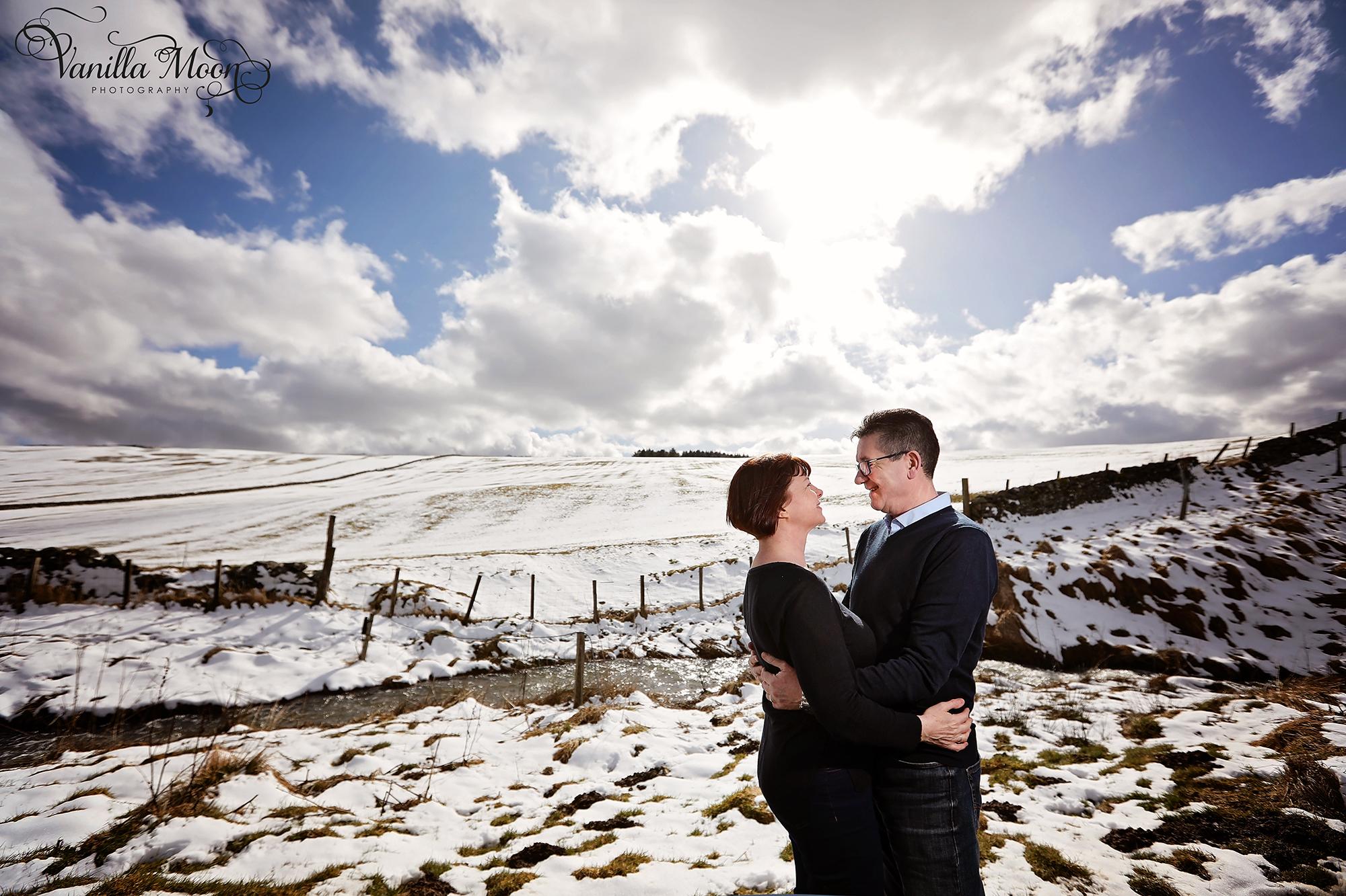 Snowy engagement photo shoot