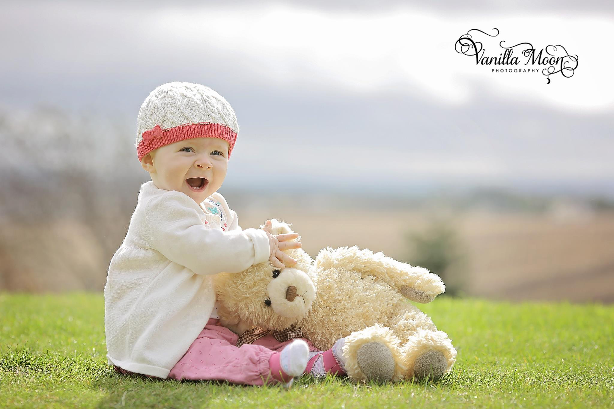 🐻We're all inclusive when it comes to photo sessions - so if you want to bring teddy to the shoot, why not?