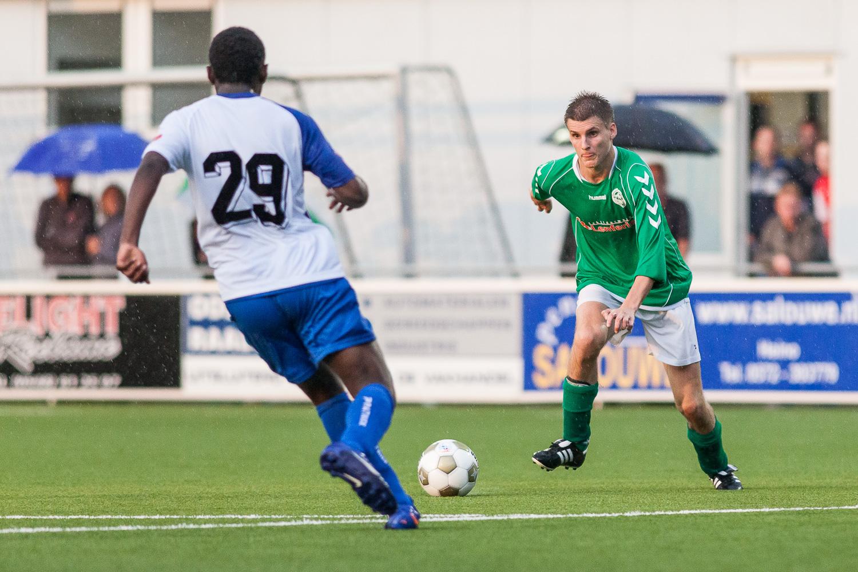 Bas Jansen scoort tegen Pec Zwolle.jpg