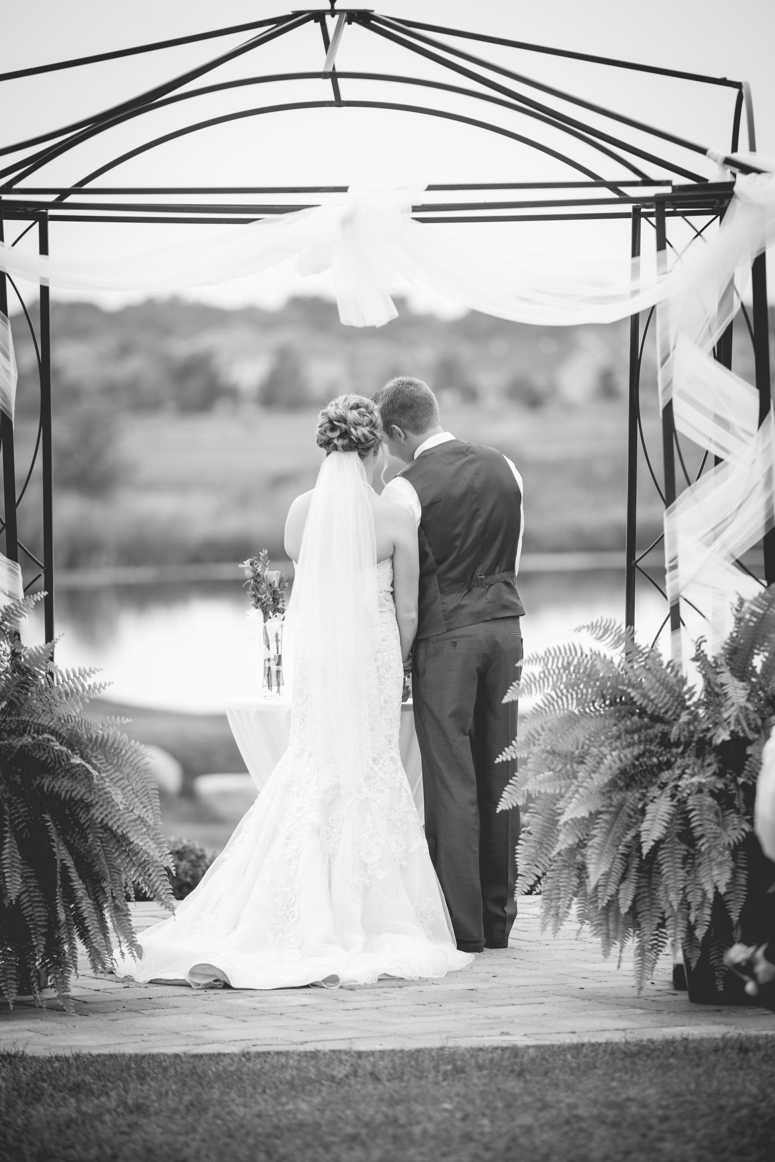 sarasutterphotography_wedding_drewanderin_2015-1012.jpg